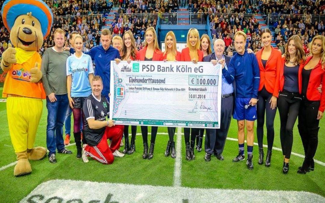 Weltmeister Lukas Podolski kommt nach Gummersbach